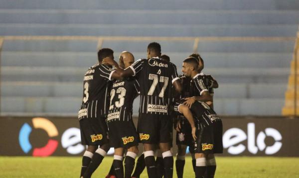 Corinthians derrota Salgueiro por 3 a 0 e avança na Copa do Brasil
