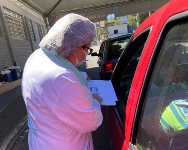 """""""Saúde bucal"""" reforça ação no polo de vacinação contra Covid-19 de Caucaia"""