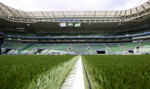 Palmeiras e Corinthians se enfrentam neste sábado pelo Brasileirão