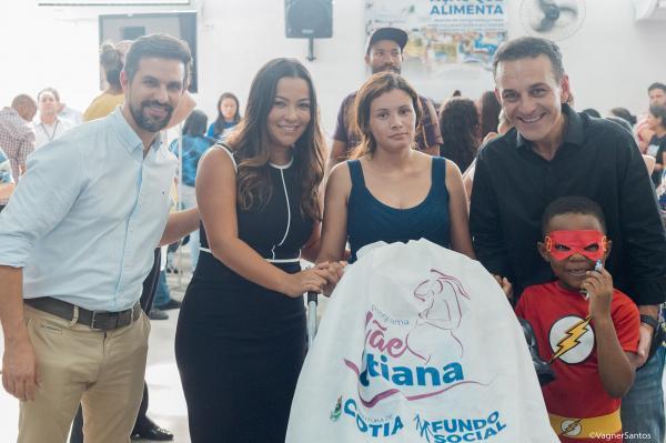 """""""Cotia que Cuida"""" reúne programas municipais que promovem a saúde e o bem-estar social"""