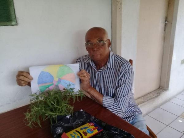 Prefeitura, em parceria com 'Atitude de Amor', garante interatividade com idosos isolados durante a pandemia