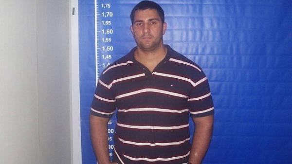 Adriano da Nóbrega transferiu R$ 400 mil para conta de Queiroz, estima MP-RJ