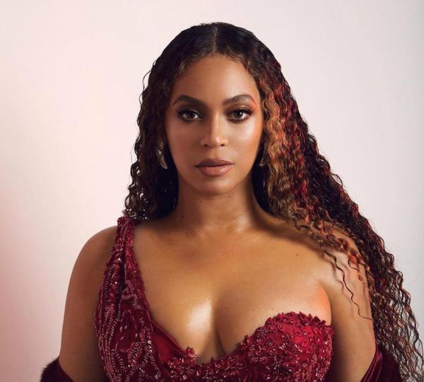 Cantora Beyoncé faz doação de R$ 5,3 milhões para pequenos empresários negros nos Estados Unidos