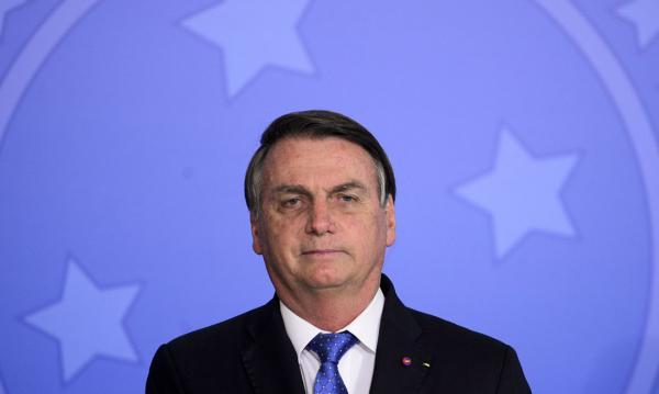 Bolsonaro diz que governo federal não comprará vacina CoronaVac