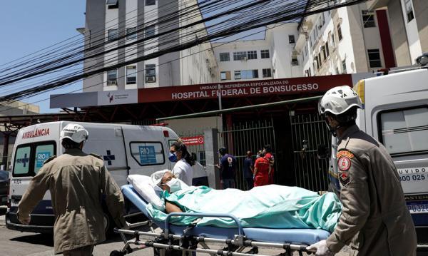 Paciente com covid-19 morre durante transferência de hospital no Rio