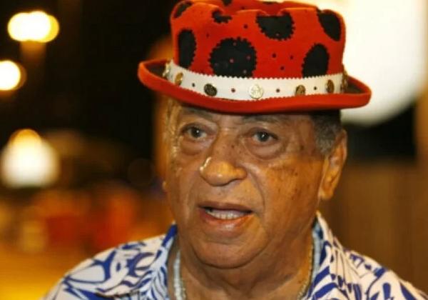 Morre o cantor Genival Lacerda em decorrência do coronavírus