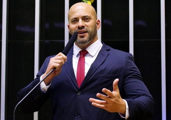 Vice-presidente do PSL pede expulsão de Daniel Silveira do partido